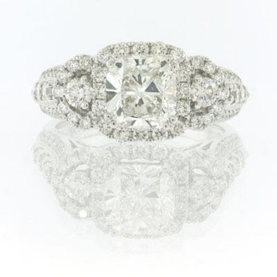 2.72ct Cushion Cut Diamond Engagement Anniversary