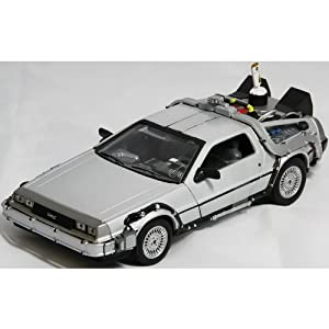 Welly TY123 Back to the Future BTTF Set of 3 Delorean 1:24 Scale Diecast Model Cars
