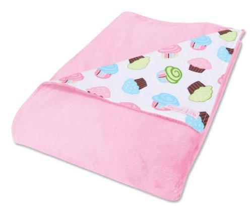 Cupcake Print Blanket front-927846