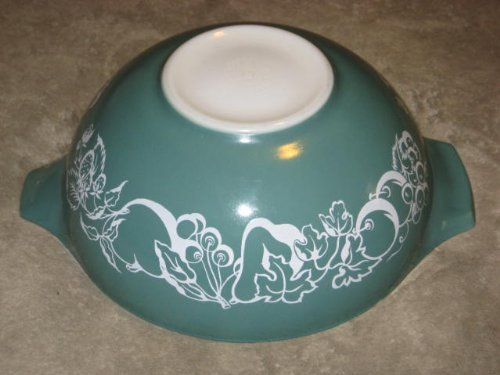 RARE Vintage 1960 Pyrex Promotional Green w/ White Fruit