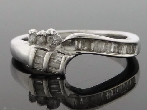 Designer Women's Wedding Band Ring 10k White Gold with 0.35ct Diamonds YG-SDR-416