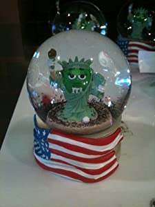 M&M's Statue Of Liberty Snow Globe
