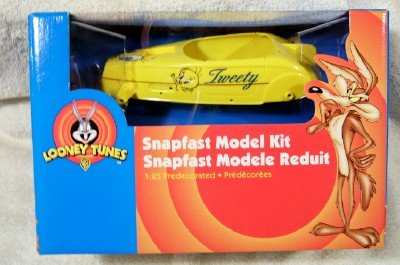 #30319 AMT SnapFast Looney TunesTweety BIrd 1/25 Scale Plastic Model Kit