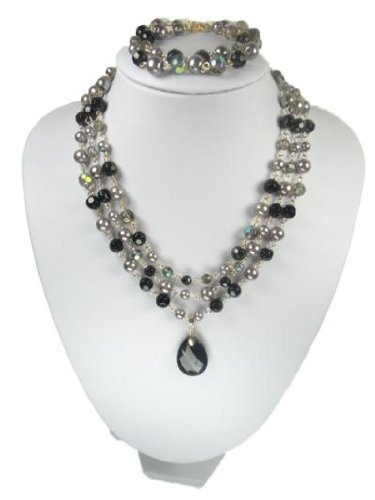 Black Beads And Tear Drop Pendant Necklace And Bracelet Set