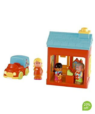 Tommy's Toy Shop sells lovely toys to all the children in HappyLand.  Set includes toy shop, 3 HappyLand characters and a delivery van.  Requires 2 x Button Cell batteries.  Suitable from 18 months
