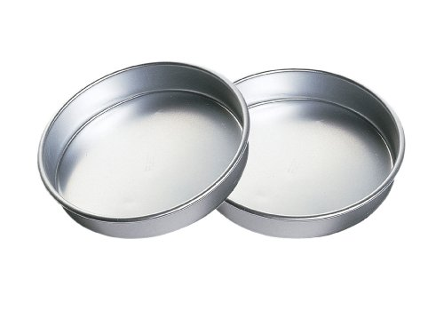 Wilton Aluminum Performance Pans Set of 2 9-Inch Round Cake Set at Amazon.com