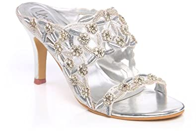 Awesome  Women Indian Bridal Sandals L19429  Mostly Flats Wedding Shoes