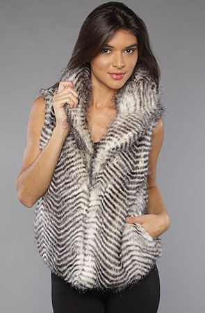 Jack BB Dakota The Janika Vest in Raven Gray,Vests for Women, Small,Gray