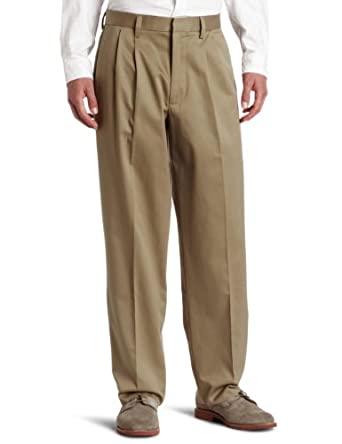 Dockers Men's Signature Khaki D4 Relaxed Fit Pleated Pant, Dark Khaki, 29x32