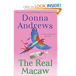 The Real Macaw (Meg Langslow Mysteries) Donna Andrews