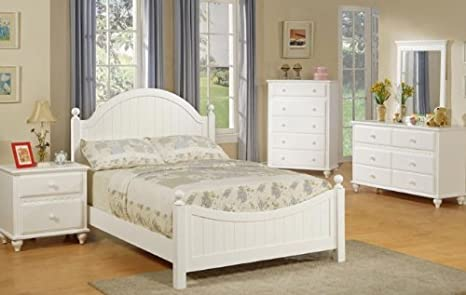 4pcs Twin Size Bedroom Set - Cape Cod Style White Finish
