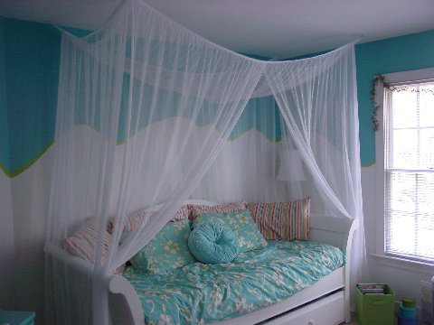 Mosquito Net Canopy Bed