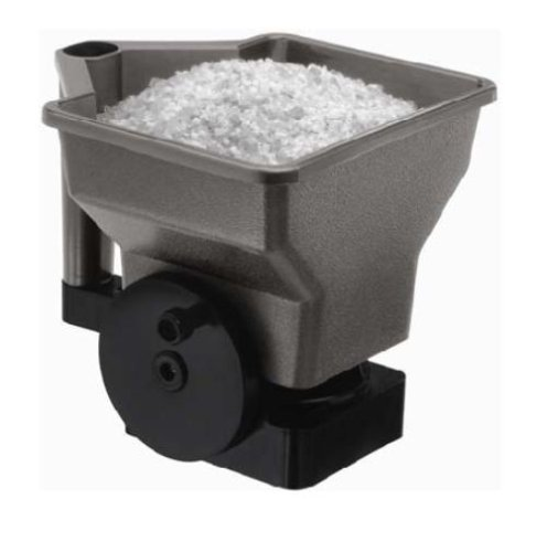Great Features Of Suncast SS025 Hand Held Spreader For Ice Melt/Sand/Salt Snow De-Icers