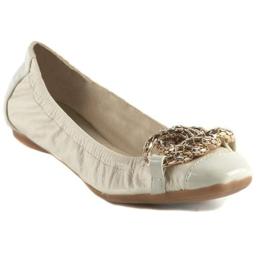 Nine West Women'S Avagh Ballet Flats In Ivory Size 5