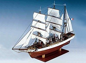 Constructo 80835 Model Ship Kit Le Pourquoi-pas? 1:80 Scale