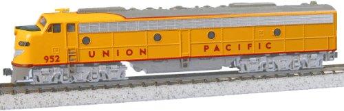 Kato Usa Model Train Products Emd E9A #952 Union Pacific N Scale Train