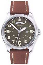 Victorinox Swiss Army Men's 241290 Infantry Vintage Green Dial Watch