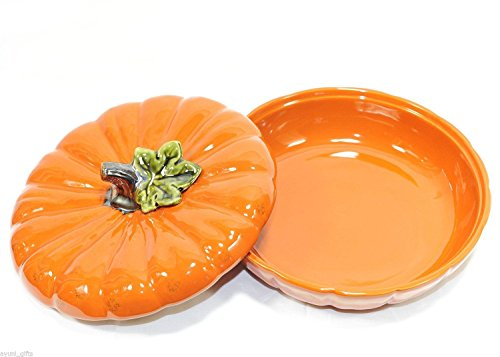 Fall pumpkin pie dish - perfect for Thanksgiving