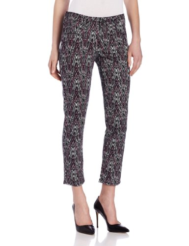 Levi Women's Mid Rise Ankle Skinny Jean Petite style, Diamond Ikat Print, 2 Medium