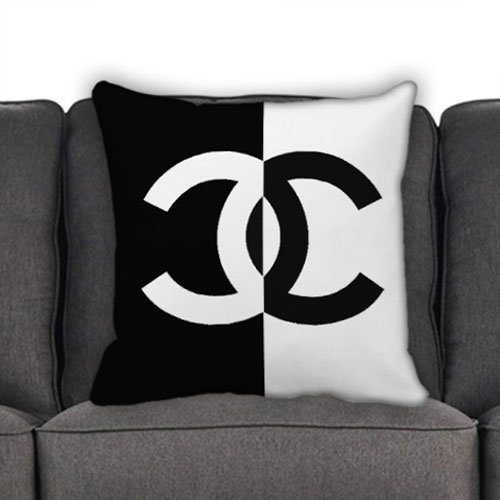 chanel-black-and-white-for-pillow-case