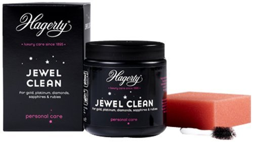 Hagerty Jewel Clean - the perfect way to clean items of jewellery