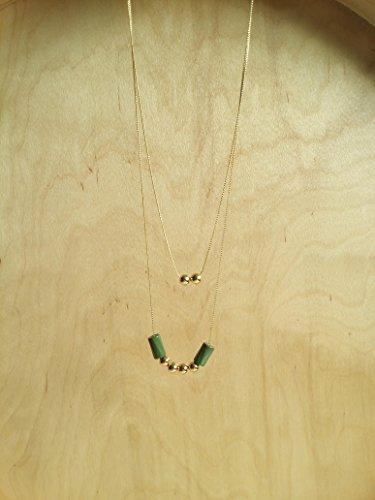 chloe-verde-menta-collar-largo-con-abalorios-dorados-y-cristal-esmaltado-cadena-finisima