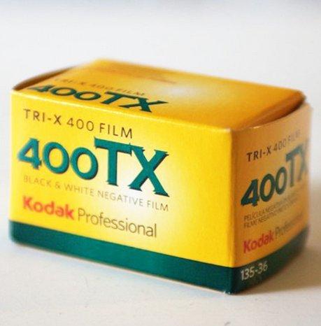 kodak-tri-x-400tx-pelicula-en-blanco-y-negro-pack-de-5-unidades-35-mm-36-fotos-sensibilidad-asa-400