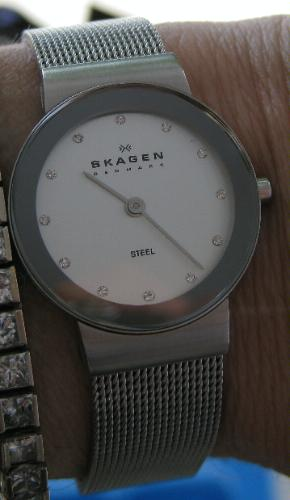 诗格恩Skagen Women's 358SSSD女士石英腕表