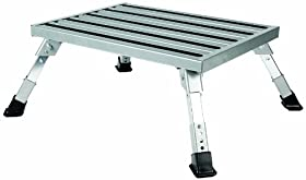 Camco 43676 Adjustable Height Aluminum Platform Step