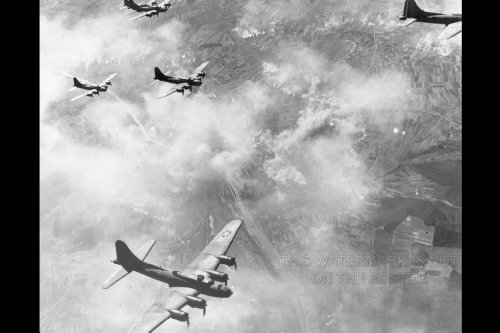 B-17 Flying Fortress Formation Over Schweinfurt - 24