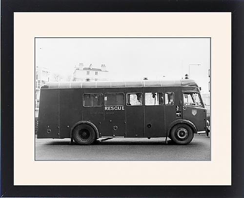 Framed Print Of London Fire Brigade Appliance Hose Laying Lorry front-566901
