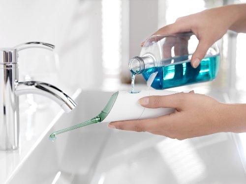 PHILIPS飞利浦HX8211/02 AirFloss 喷气式洁牙器 / 便携空气水牙线图片