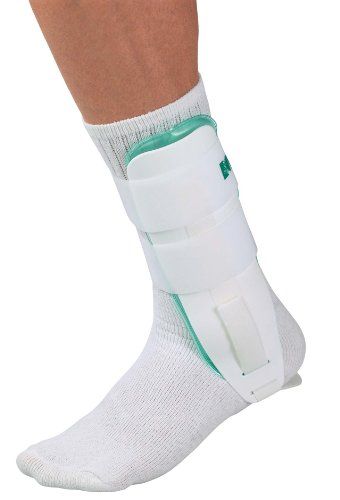 Mueller Gel Brace Cold Therapy, White, One Size