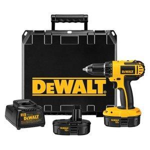 DEWALT DC720KA Cordless 18-Volt Compact Drill/Driver