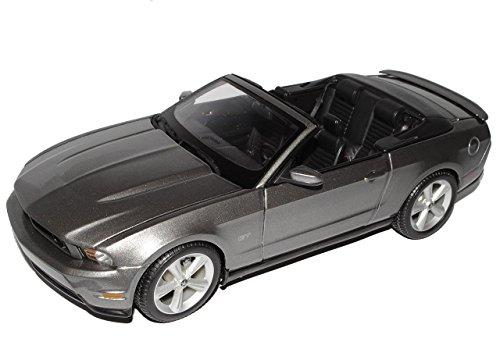 ford-mustang-gt-cabrio-2010-grau-1-18-maisto-modellauto-modell-auto