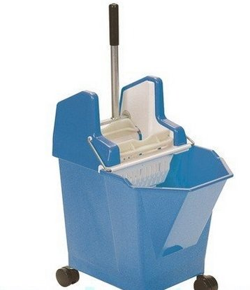 12ltr Mop Bucket Blue with Casters/Wringer Plus Alloy Handle and 2 Absorbent Kentucky Mop Heads