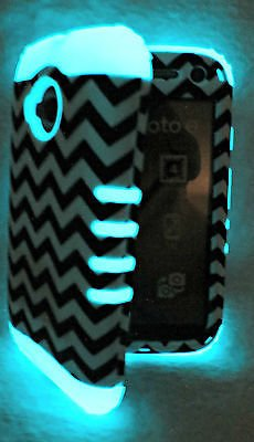 Motorola Moto E 2nd Gen 4G LTE Cover Case Black and White Chevron with Glow from Phone Art