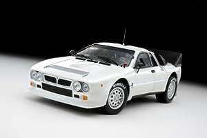 Amazon.com: Lancia 037 Rally Presentation Car White 1/18 Kyosho: Toys