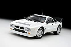 Lancia 037 Rally Presentation Car White 1/18 Kyosho