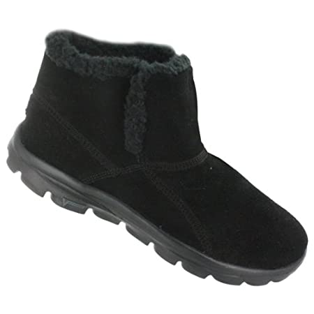 It doesn't get more cute and comfy than these SKECHERS GO CHUGGA boots!