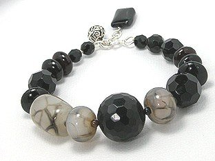 Black Onyx and Agate Bracelet