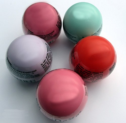 5 Baumes pour les lèvres avec récipient en forme d'oeuf. by RIVENBERT