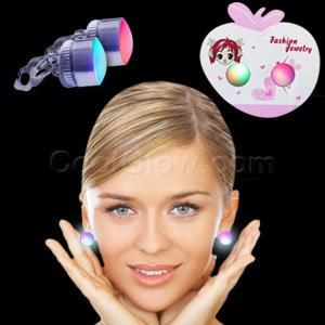 Fun Central M863 LED Light Up Stud Earrings