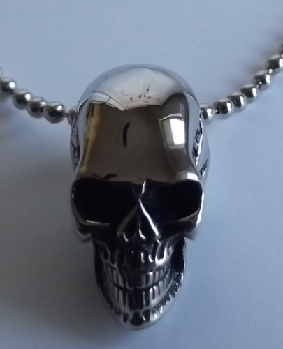 SKULL PENDANT NECKLACE 316L SOLID STAINLESS HIGH POLISHED STEEL SMALL BUT HEAVY PENDANT HARLEY GOTHIC - FREE SHIPPING TO CONTINENTAL U.S.