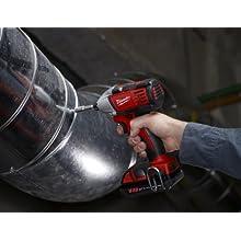 Milwaukee 2650-21 18-volt Compact Impact Driver Kit