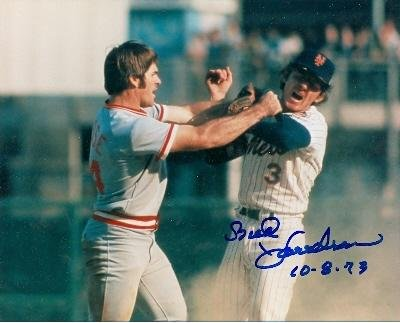 Autographed Pete Rose Photograph - Bud Harrelson 8x10 New York Mets 1973 playoff fight versus ) - Autographed MLB Photos