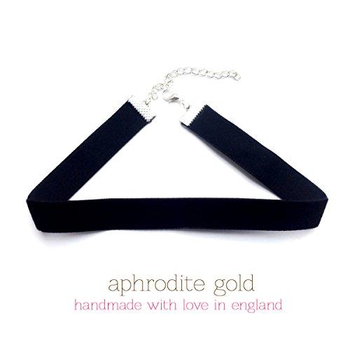 kourtney-inspiriert-halskette-halsband-schwarzer-samt
