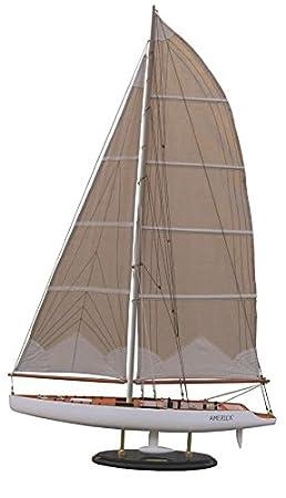 Batela Maquette de voilier en bois America III - 45 cm