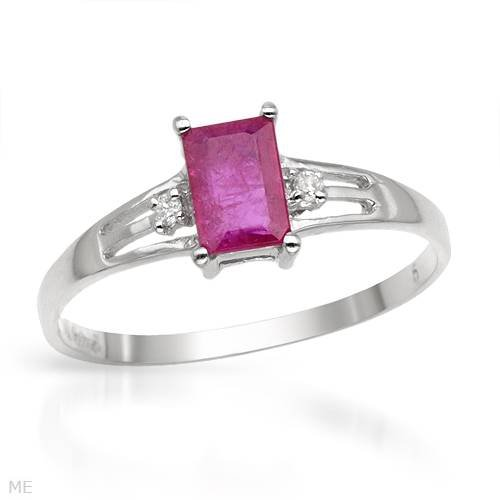 White Gold 0.66 CTW Ruby and 0.04 CTW Color G-H SI3 Diamond Ladies Ring. Ring Size 7. Total Item weight 1.2 g.