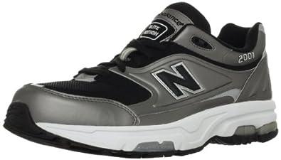 (抢啊)新百伦 New Balance 顶级鞋皇男款经典 M2001 限量版总统慢跑鞋 灰 $73.67